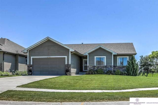 11721 S 202 Street, Gretna, NE 68028 (MLS #22016970) :: Complete Real Estate Group