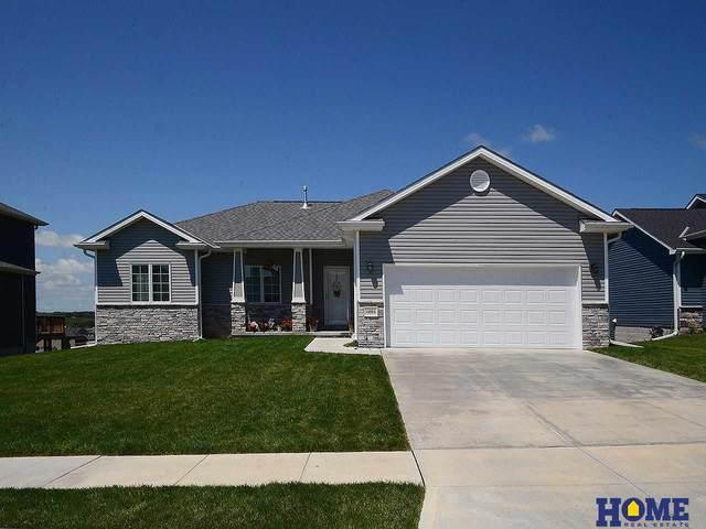 1203 Birchwood Drive, Hickman, NE 68372 (MLS #22017022) :: kwELITE