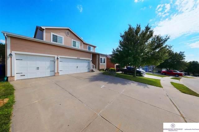 18047 Sunridge Street, Omaha, NE 68136 (MLS #22017032) :: One80 Group/Berkshire Hathaway HomeServices Ambassador Real Estate
