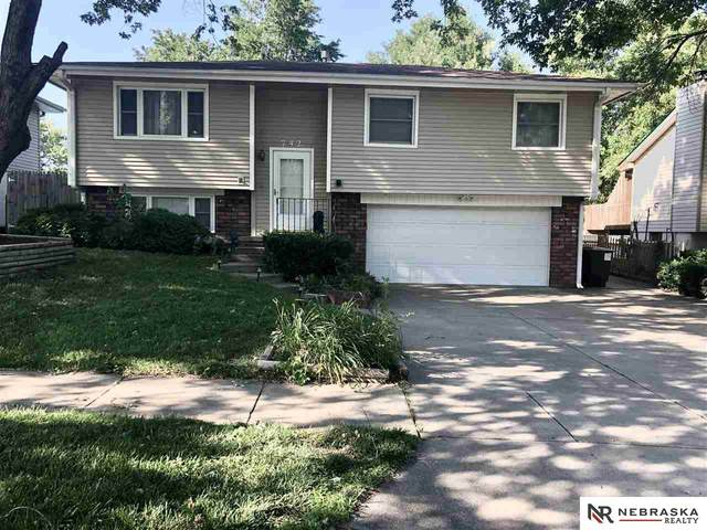 742 W Godfrey Drive, Lincoln, NE 68521 (MLS #22017053) :: Omaha Real Estate Group