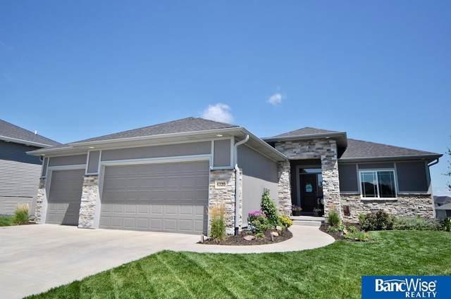 6320 Thompson Creek Circle, Lincoln, NE 68516 (MLS #22017064) :: kwELITE