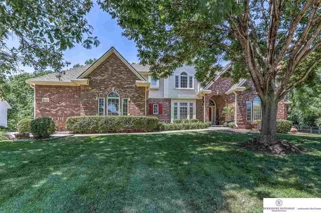 18416 Poppleton Circle, Omaha, NE 68130 (MLS #22017085) :: Dodge County Realty Group