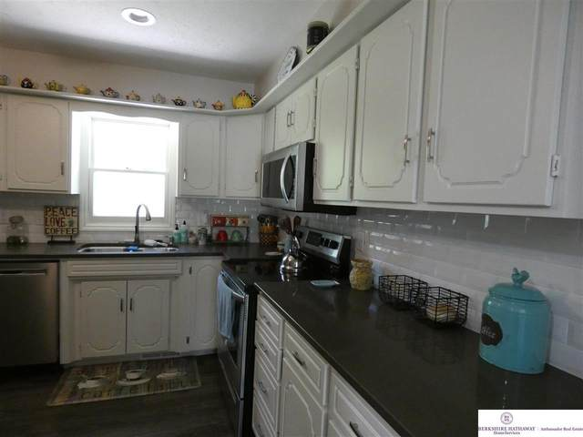 7124 N 65 Avenue, Omaha, NE 68152 (MLS #22017132) :: Stuart & Associates Real Estate Group