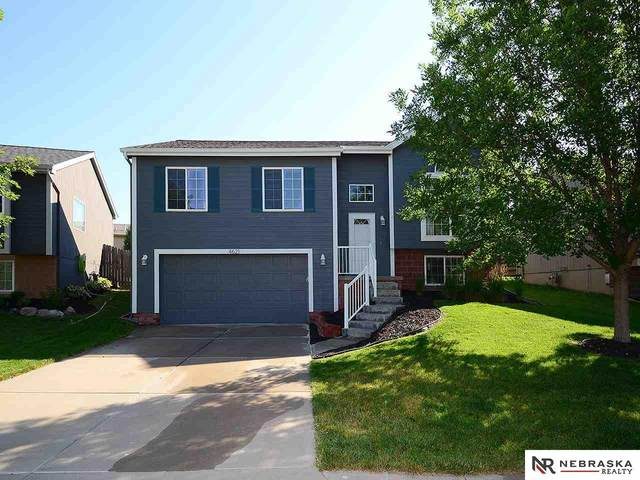 4621 N 170th Street, Omaha, NE 68116 (MLS #22017135) :: Lincoln Select Real Estate Group