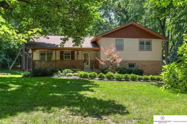 8309 Jackson Street, Omaha, NE 68114 (MLS #22017141) :: Lincoln Select Real Estate Group
