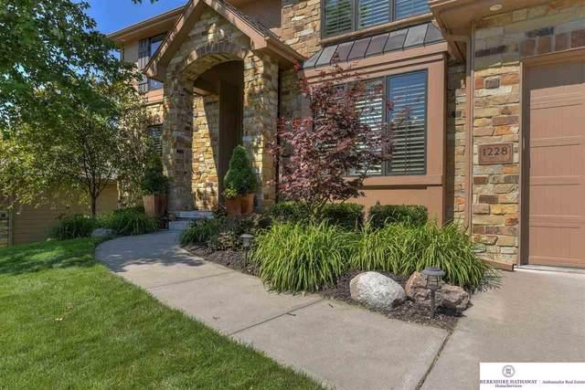 1228 S 200 Street, Omaha, NE 68130 (MLS #22017156) :: Omaha Real Estate Group