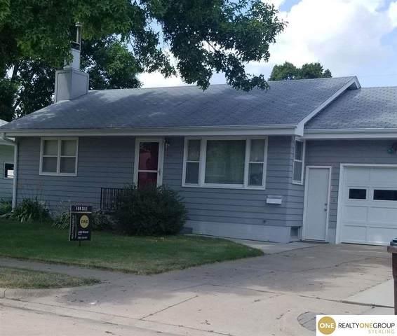 1414 E 20th Avenue, Fremont, NE 68025 (MLS #22017165) :: kwELITE