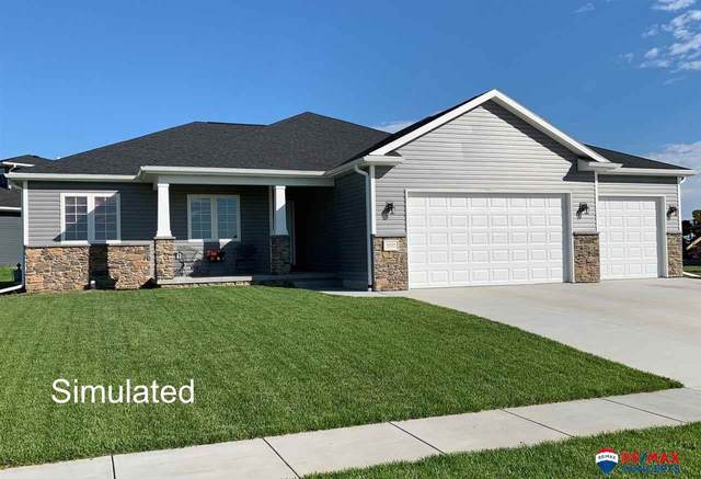 11810 N 144 Street, Waverly, NE 68462 (MLS #22017207) :: One80 Group/Berkshire Hathaway HomeServices Ambassador Real Estate