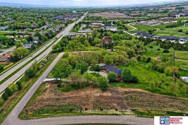 8530 Tralee Road, Lincoln, NE 68520 (MLS #22017220) :: kwELITE