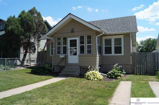 4413 California Street, Omaha, NE 68131 (MLS #22017223) :: Capital City Realty Group