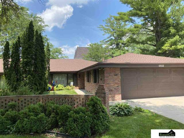 6932 Sumner Street, Lincoln, NE 68506 (MLS #22017229) :: Capital City Realty Group