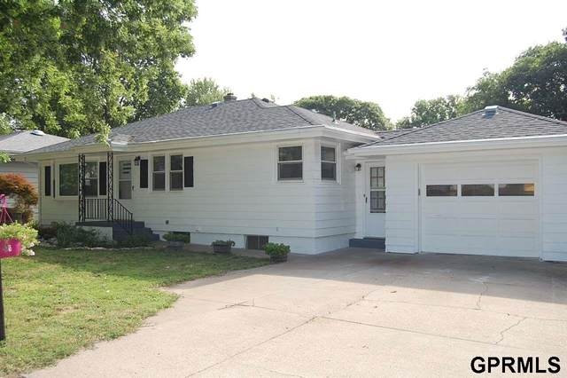 1805 Franklin Street, Bellevue, NE 68005 (MLS #22017313) :: The Homefront Team at Nebraska Realty