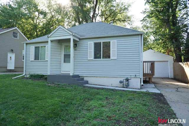 3111 N Cotner Boulevard, Lincoln, NE 68507 (MLS #22017349) :: One80 Group/Berkshire Hathaway HomeServices Ambassador Real Estate