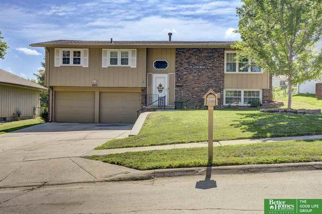 4217 N 100th Street, Omaha, NE 68134 (MLS #22017356) :: One80 Group/Berkshire Hathaway HomeServices Ambassador Real Estate