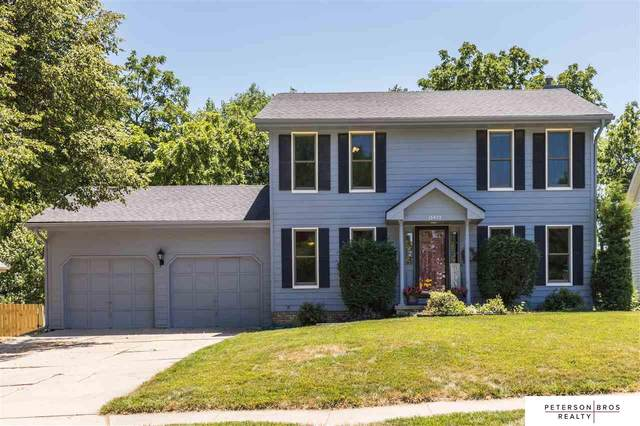 15475 Summerwood Drive, Omaha, NE 68137 (MLS #22017358) :: One80 Group/Berkshire Hathaway HomeServices Ambassador Real Estate