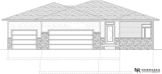 3339 N 92Nd Street, Lincoln, NE 68507 (MLS #22017432) :: One80 Group/Berkshire Hathaway HomeServices Ambassador Real Estate