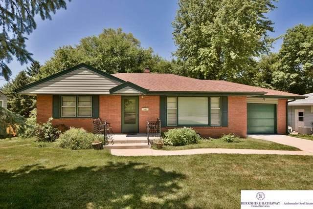 1416 N 56th Street, Omaha, NE 68132 (MLS #22017436) :: Complete Real Estate Group