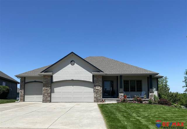 19716 Chandler Street, Gretna, NE 68028 (MLS #22017472) :: Complete Real Estate Group