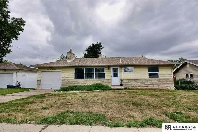 3234 S 45 Street, Omaha, NE 68106 (MLS #22017590) :: Dodge County Realty Group