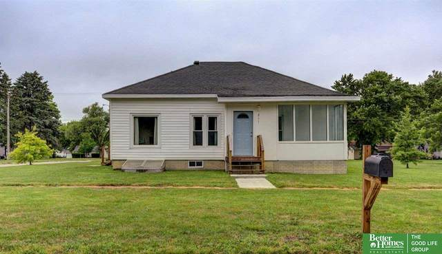 211 8th Street, David City, NE 68632 (MLS #22017900) :: One80 Group/Berkshire Hathaway HomeServices Ambassador Real Estate