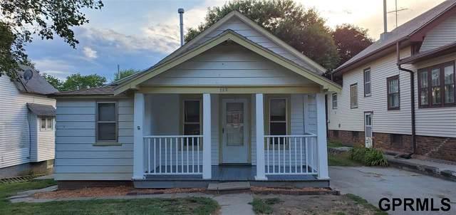 112 N Davis Avenue, Oakland, NE 68045 (MLS #22017932) :: Omaha Real Estate Group