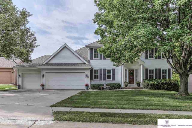 17069 Weir Street, Omaha, NE 68135 (MLS #22018009) :: Omaha Real Estate Group