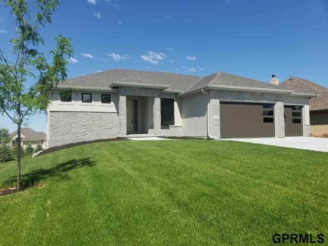 4602 N 192 Avenue Circle, Elkhorn, NE 68022 (MLS #22018119) :: Omaha Real Estate Group