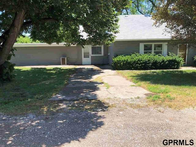 7641 N 58th Street, Omaha, NE 68152 (MLS #22018151) :: Omaha Real Estate Group