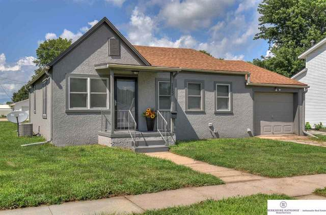 1152 Colfax Street, Blair, NE 68008 (MLS #22018166) :: The Excellence Team