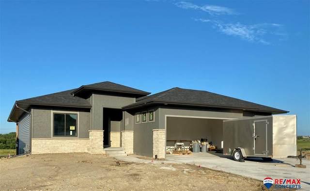 8032 S 67 Street, Lincoln, NE 68516 (MLS #22018202) :: Omaha Real Estate Group