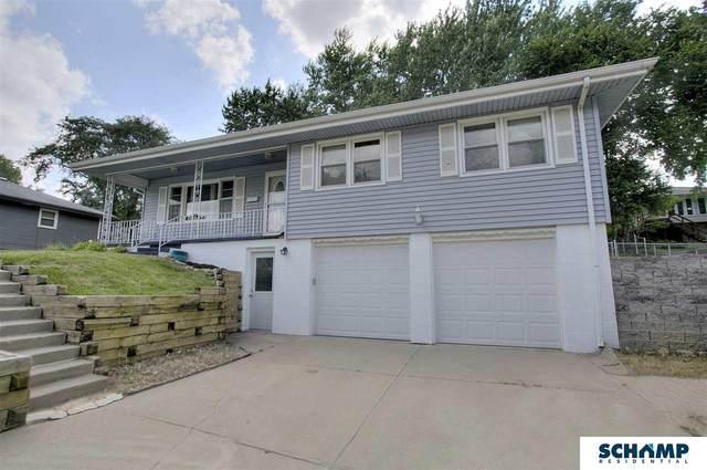 4914 S 77 Avenue, Ralston, NE 68127 (MLS #22018303) :: One80 Group/Berkshire Hathaway HomeServices Ambassador Real Estate