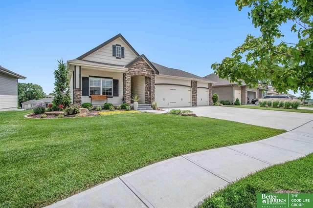 10917 S 175th Avenue, Omaha, NE 68136 (MLS #22018320) :: Omaha Real Estate Group