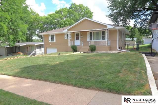 4933 Browne Street, Omaha, NE 68104 (MLS #22018378) :: Omaha Real Estate Group