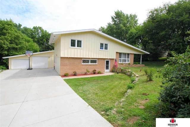 9314 Spring Street, Omaha, NE 68124 (MLS #22018437) :: Dodge County Realty Group