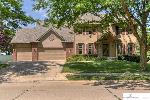 9214 Brentwood Drive, La Vista, NE 68128 (MLS #22018510) :: Dodge County Realty Group