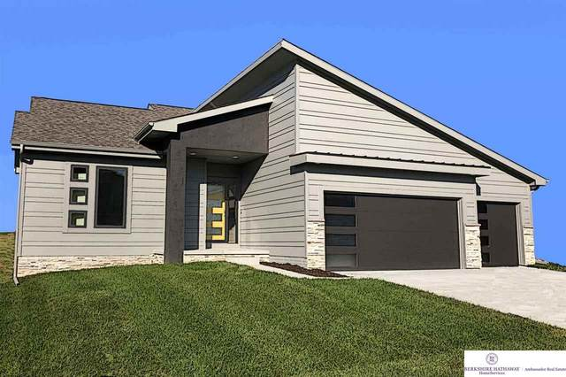 4920 N 208 Street, Elkhorn, NE 68022 (MLS #22018511) :: The Homefront Team at Nebraska Realty