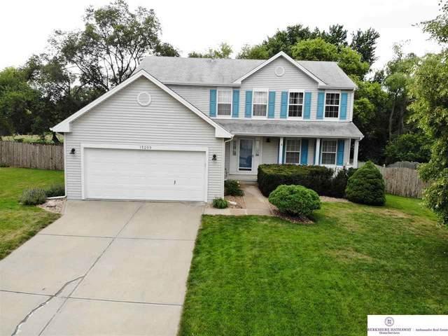 15209 Willow Creek Drive, Omaha, NE 68138 (MLS #22018516) :: One80 Group/Berkshire Hathaway HomeServices Ambassador Real Estate