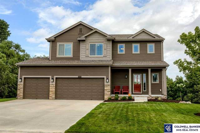 2302 Oriole Drive, Bellevue, NE 68123 (MLS #22018546) :: Omaha Real Estate Group