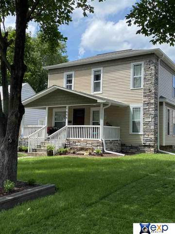 1806 Grant Street, Beatrice, NE 68310 (MLS #22018586) :: Omaha Real Estate Group