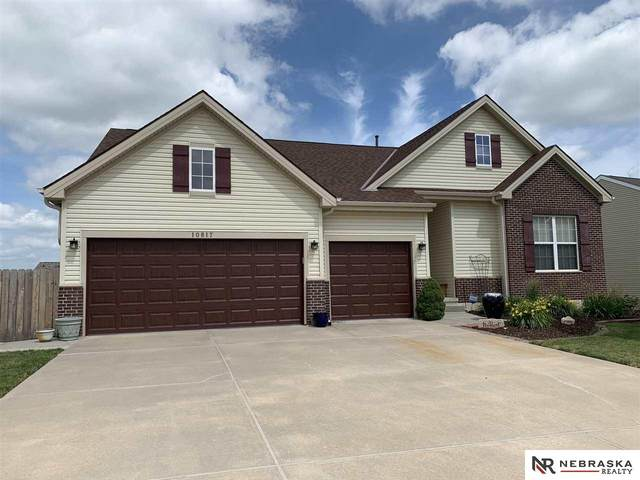 10817 S 111th Street, Papillion, NE 68046 (MLS #22018657) :: Omaha Real Estate Group