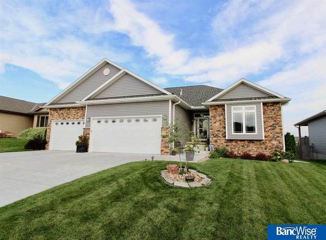 1166 N 99th Street, Lincoln, NE 68527 (MLS #22018681) :: Dodge County Realty Group