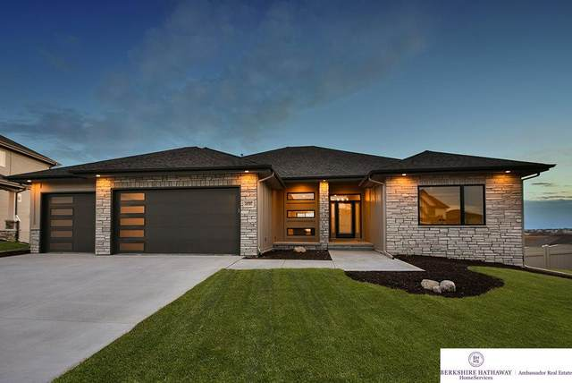 18809 Merion Drive, Omaha, NE 68136 (MLS #22018690) :: Omaha Real Estate Group