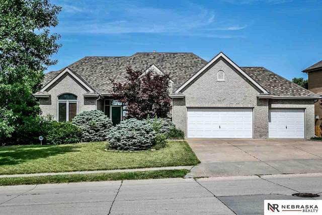3908 N 194th Street, Omaha, NE 68022 (MLS #22018694) :: The Homefront Team at Nebraska Realty