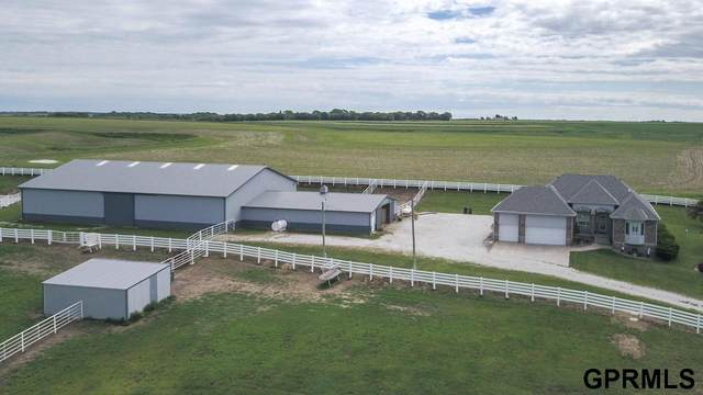 3045 285th Street, Logan, IA 51546 (MLS #22018780) :: kwELITE