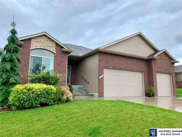 8153 Windmill Drive, Lincoln, NE 68507 (MLS #22018803) :: The Excellence Team