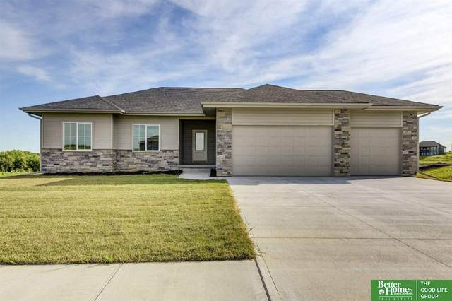 18204 Cheyenne Road, Gretna, NE 68136 (MLS #22018848) :: Lincoln Select Real Estate Group
