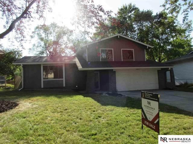 5808 S 140th Avenue, Omaha, NE 68137 (MLS #22018870) :: One80 Group/Berkshire Hathaway HomeServices Ambassador Real Estate