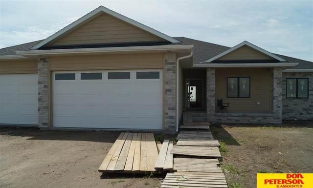 2735 Samuel Drive, Fremont, NE 68025 (MLS #22018873) :: Omaha Real Estate Group