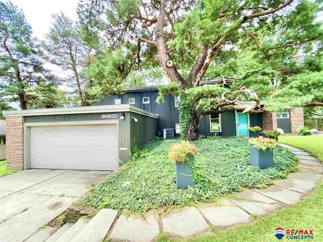 2201 Calvert Street, Lincoln, NE 68502 (MLS #22018883) :: Omaha Real Estate Group