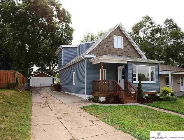 2719 N 65 Street, Omaha, NE 68104 (MLS #22018892) :: Omaha Real Estate Group